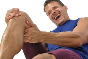 knee pain treatment at Ultimate Care Physiotherapy and Massage Clinic calgary